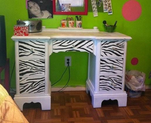 Zebra Desk