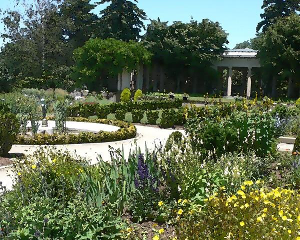 Harkness Gardens