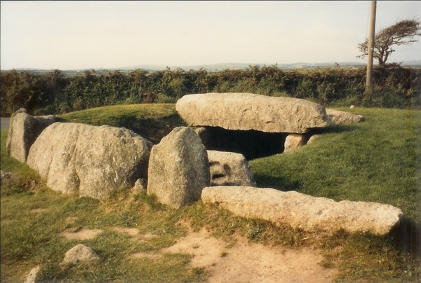 5,000 BC Tregiffian Barrow Cornwall