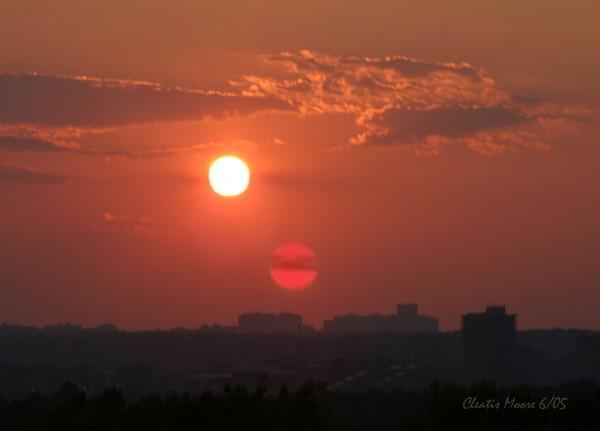 2 SUN CITY