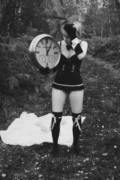 Alice In Wonderland - I'm Late.