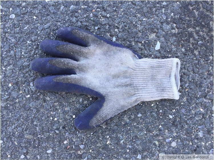 Lost frosty blue Glove
