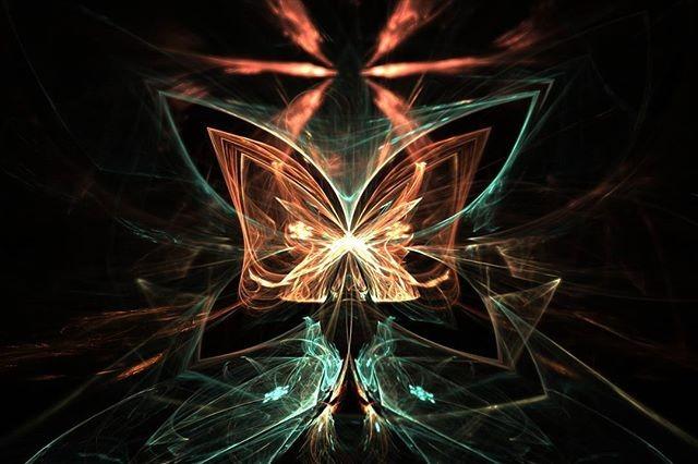 Emperor butterfly · · · #fractal #fractalart #fractals #digitalart #art #fractalplanet #amazingfract