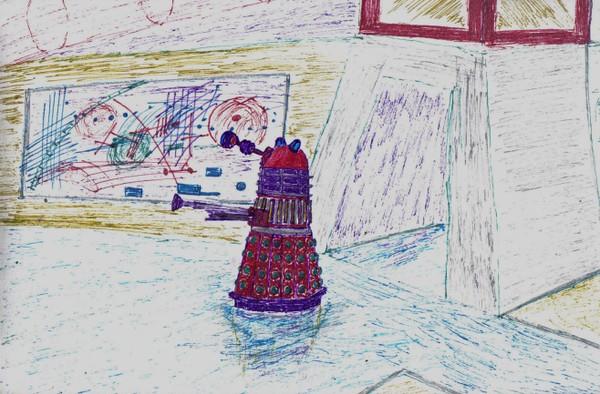DETAILED VIEWS OF DALEK ON PATROL