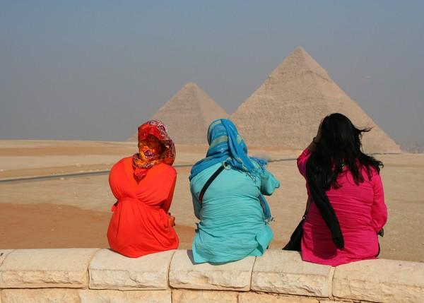 Viewing the Pyramids at Giza