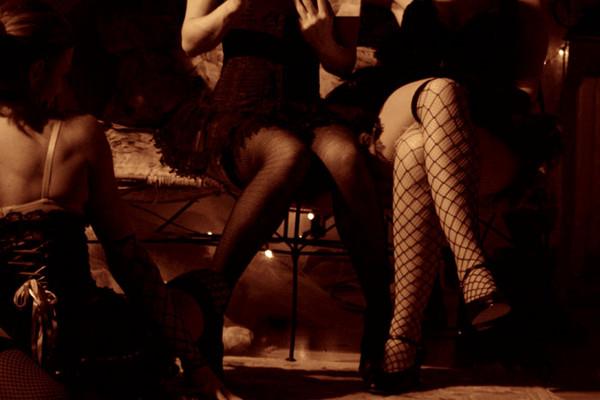 Sexy Girly Legs by Veronica Verve