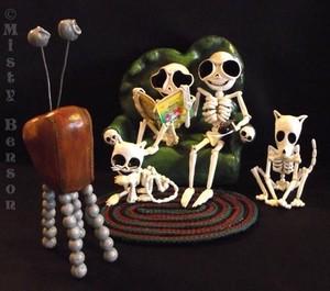 Family Night - Skeleton Sculpture Art