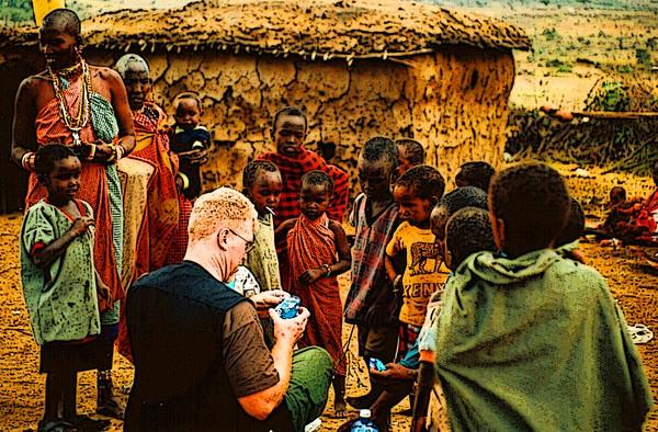Painting among the Massai