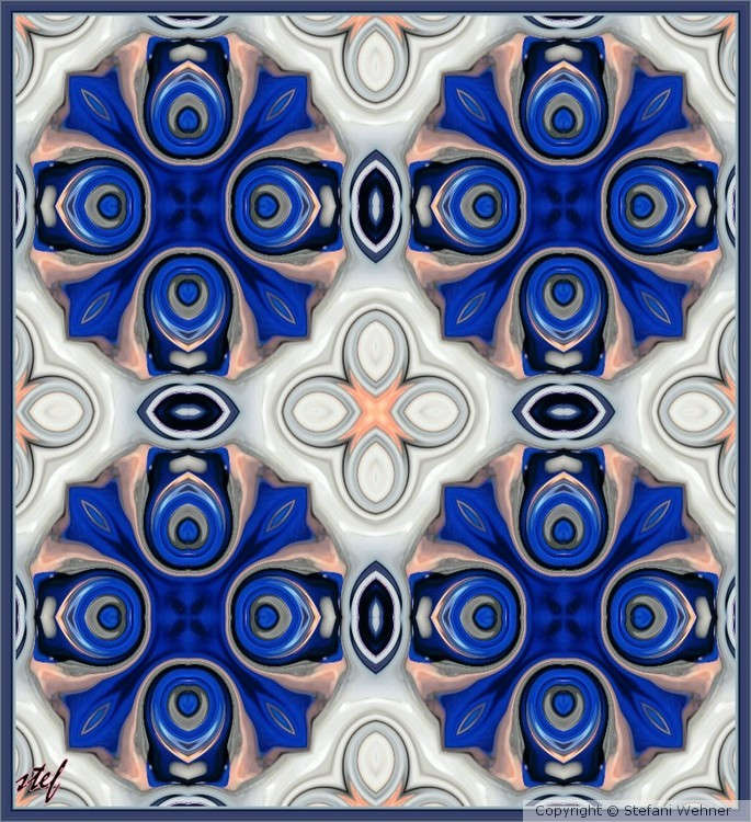 pattern in blue