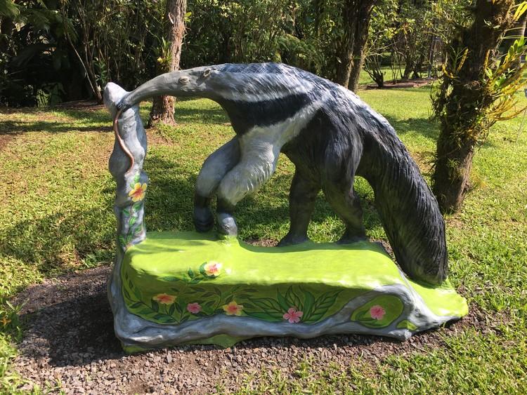 Anteater bench