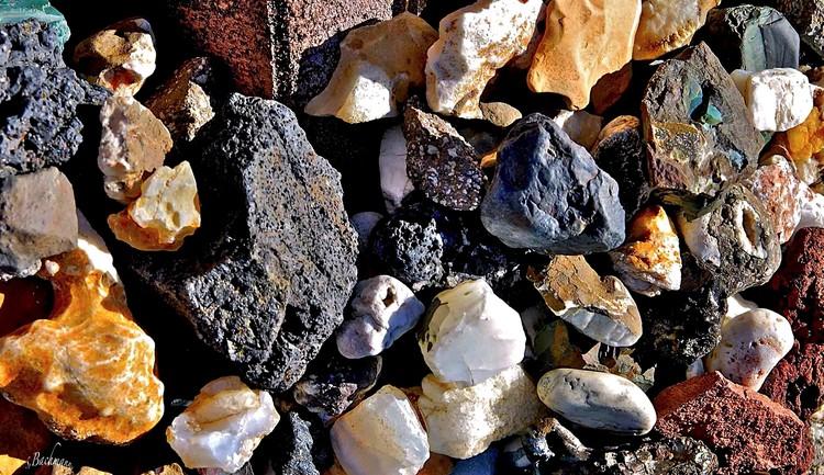 Collage of Icelandic stones.