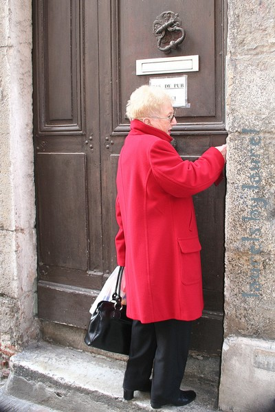 A Door in Vienne & The Lady in Red