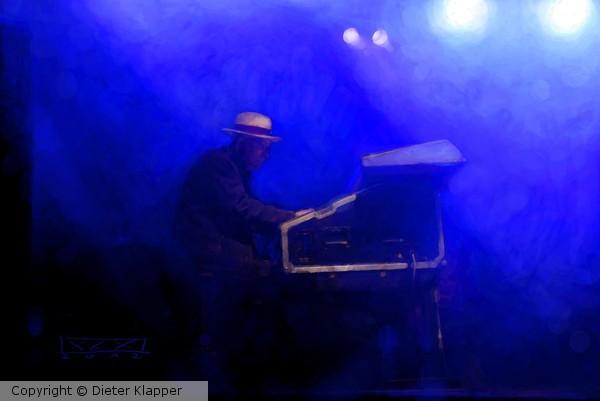 Herzberg Allstars 2012-Adrian Askew 01