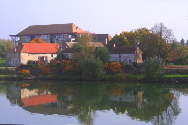 House in Chalon along the Saone