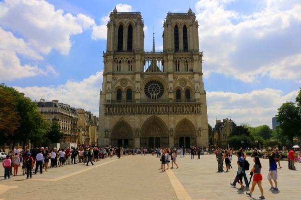 Paris-Notre Dame Cathedral-1683
