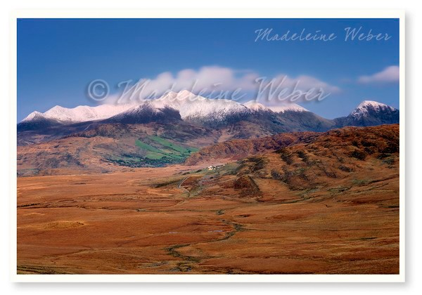 • Kerry Highlands with snow