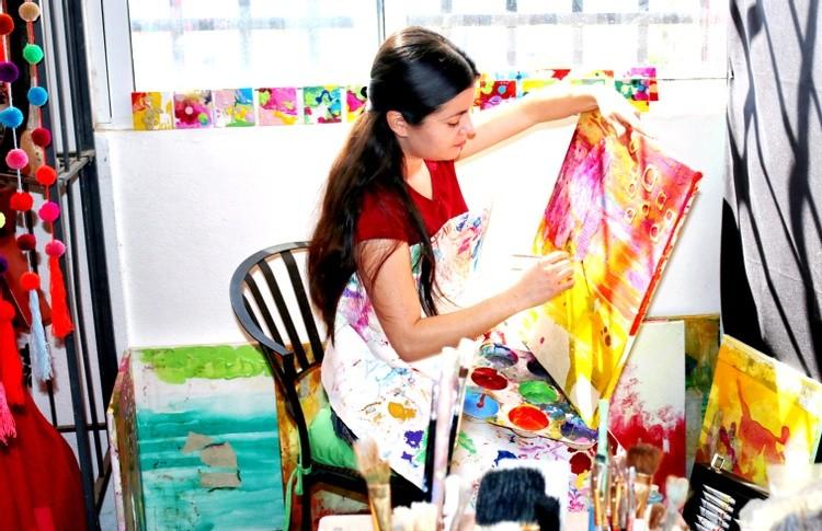 Karen Muro Arechiga painting studio