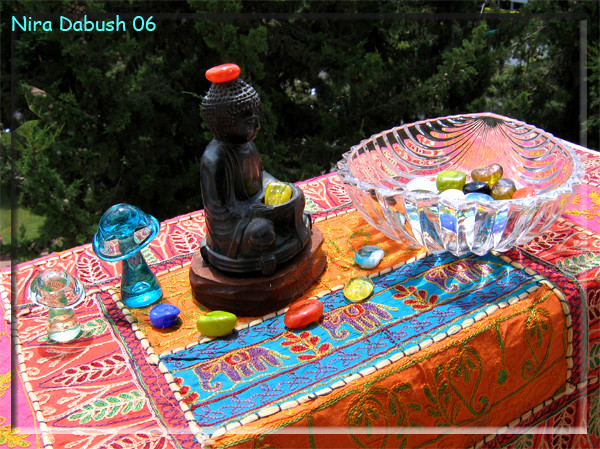 Colours around the Buddha of my childhood