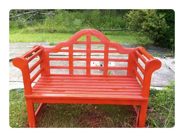 second of bench,painted red