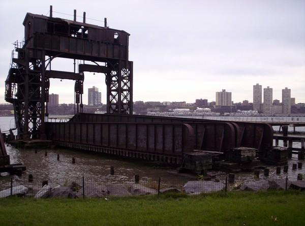 69th St Transfere Bridge NYC
