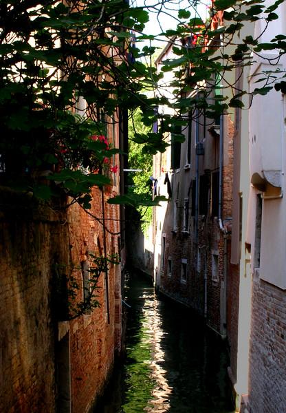 Venice, canal #2 (a la Whistler)