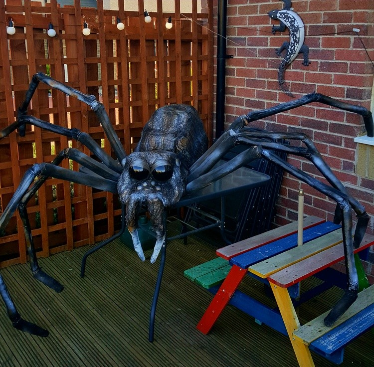 Giant Spider Prop