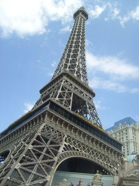 Eifel tower restaurant in Las Vegas