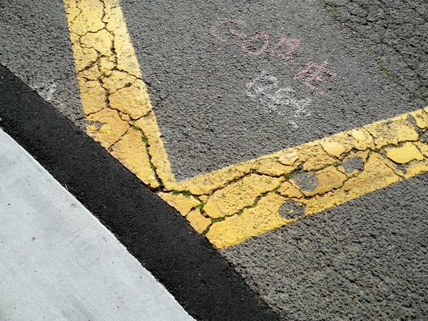 Yellow deflection 3