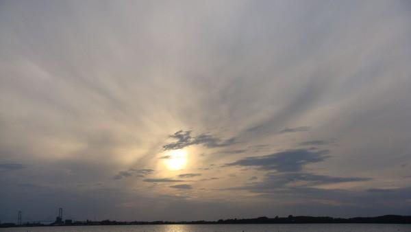 crazy sun spalt in sky