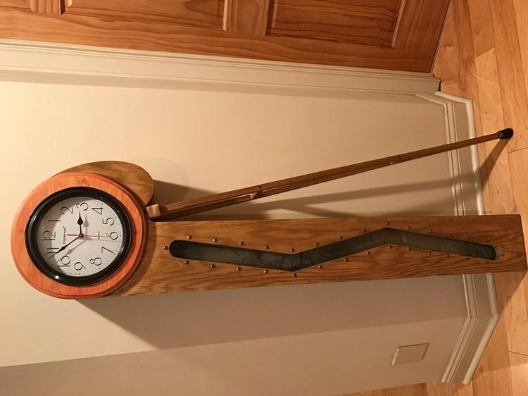 Crutch Clock