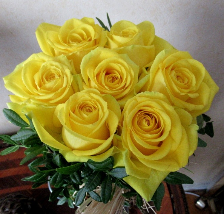 A BOUQUET OF ROSES FOR YOU!