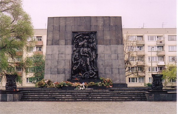 Monument to Warsaw Ghetto