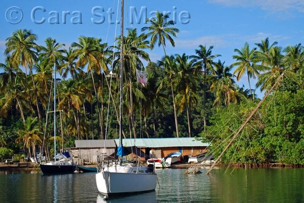 Sinking sails in Marigot Bay