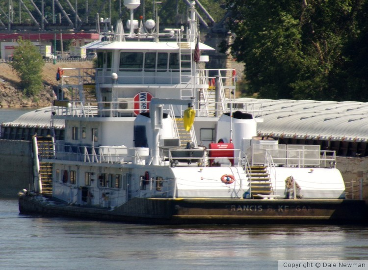 tug on the water 2