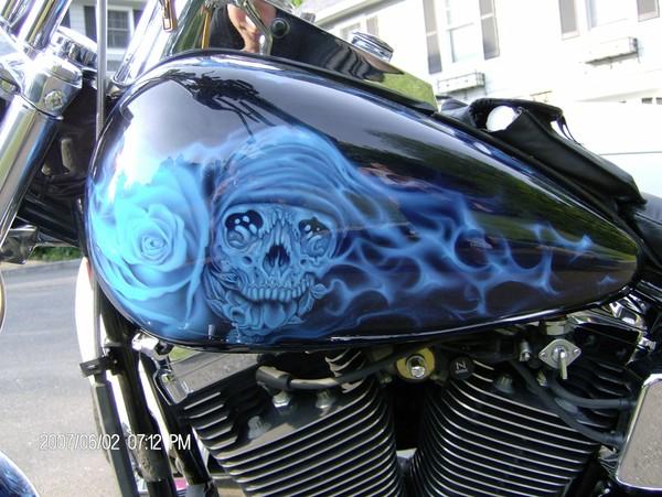 kandy Blue Skulls  sides of tank