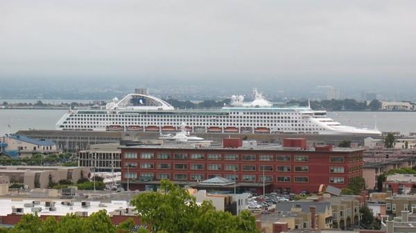 San Francisco Cruies Ship
