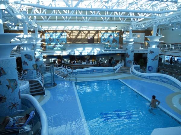 a few more interior shots of cruise ship