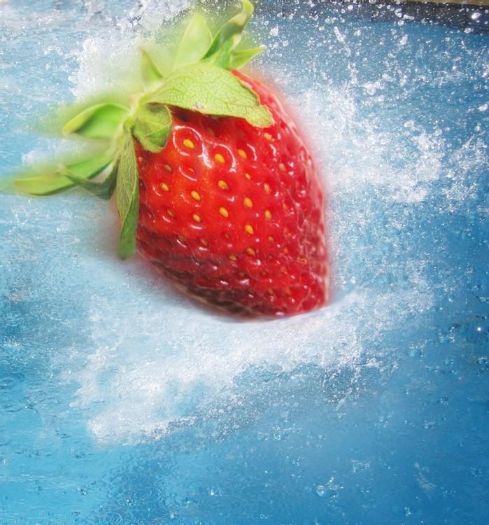 Karen Muro Strawberry splash