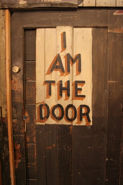 I AM THE DOOR