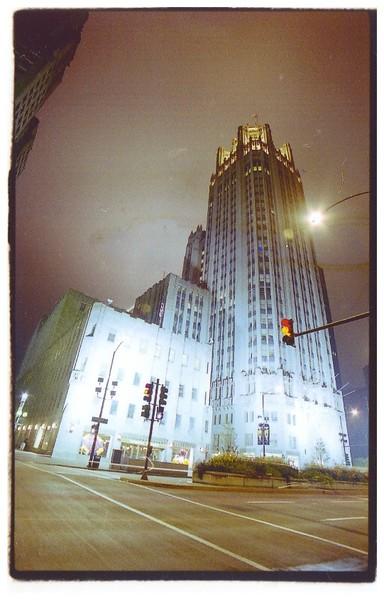 Chicago Tribune At night