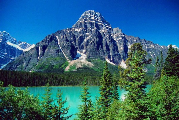 Emerald Lake, Banff National Park, Alberta