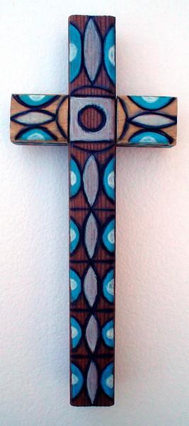 wood cross -sviesiai melyna ir balta