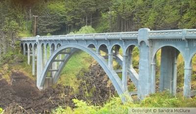 Art Deco Bridge