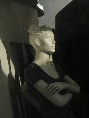 The Life Of The Mannequins - 21
