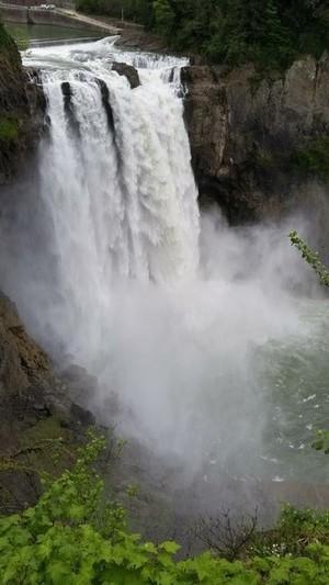 Snoqualmie Falls in April