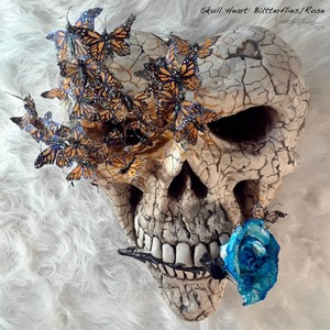 Skull Heart: Butterflies/Rose
