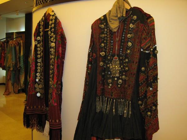 hajra chand hang clothing - 600×450