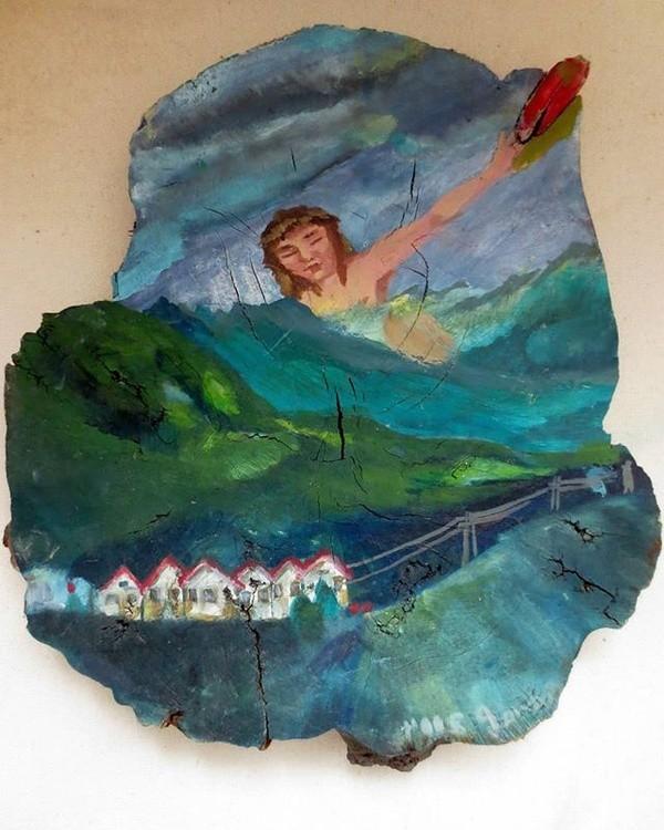 Jesus playing frisbee in the Radium 2004