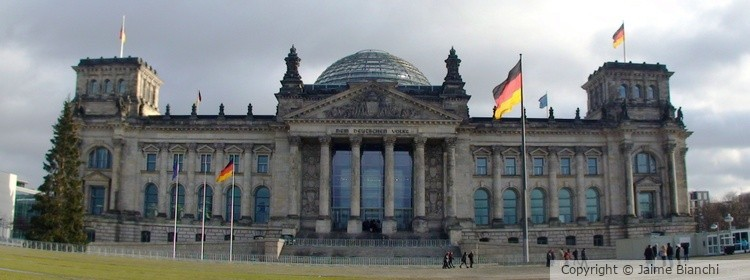 Bundestag Front View