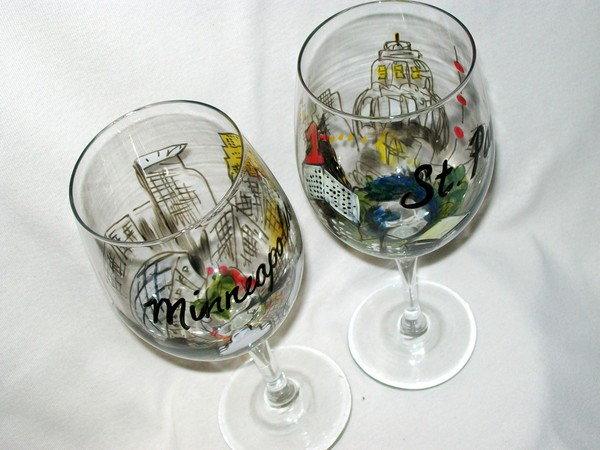 Minneapolis and Saint Paul Wine Glasses